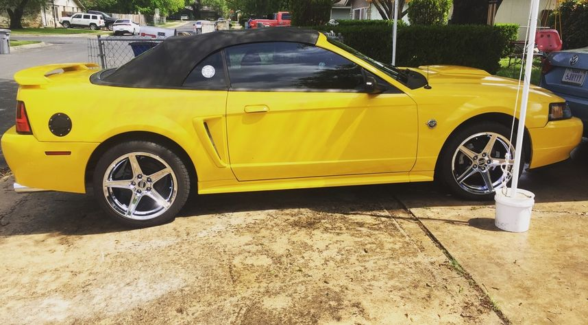 Main photo of Colby Ramirez's 2004 Ford Mustang