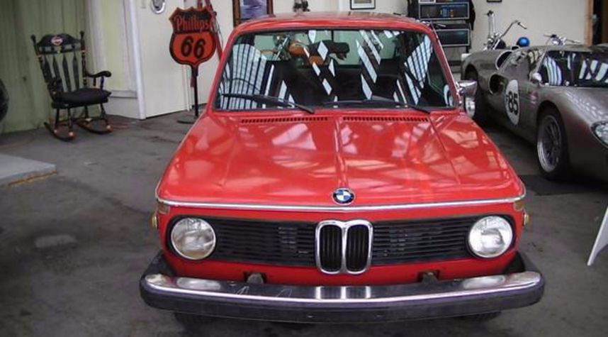 Main photo of Ryan Layne's 1974 BMW 2002