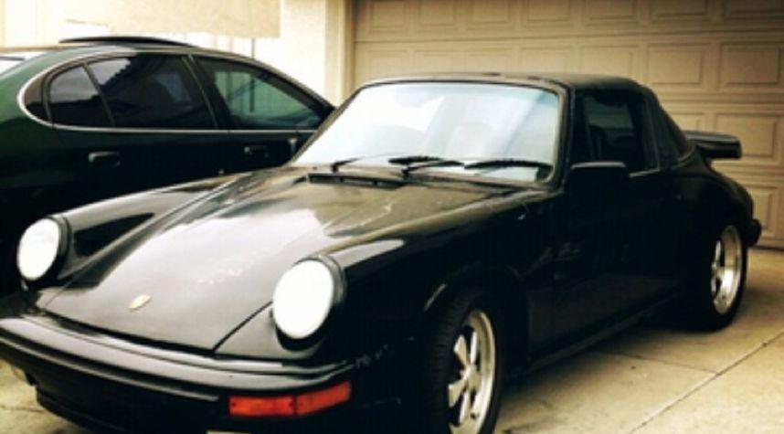 Main photo of Eric Espino's 1980 Porsche 911