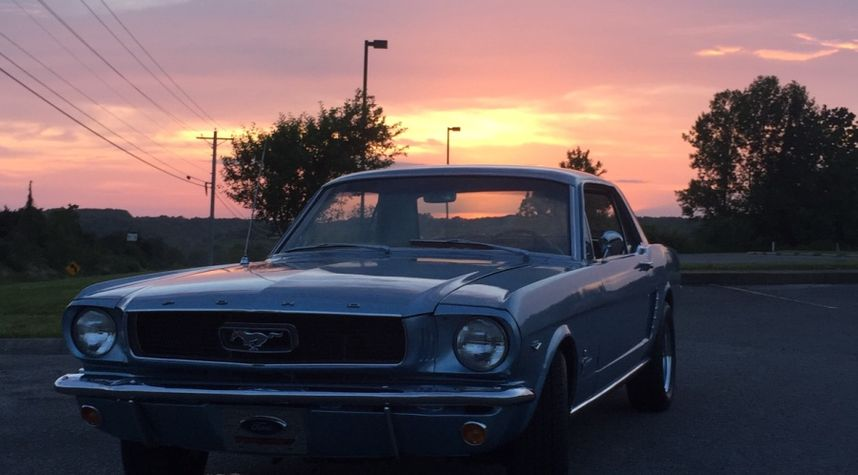 Main photo of Jace Lashley's 1965 Ford Mustang