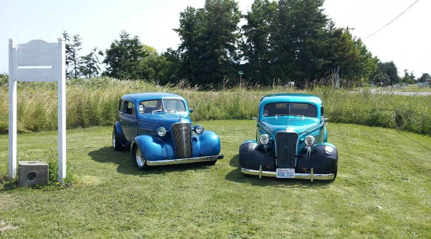 Main photo of Bryan Blackwell's 1937 Chevrolet Master Deluxe