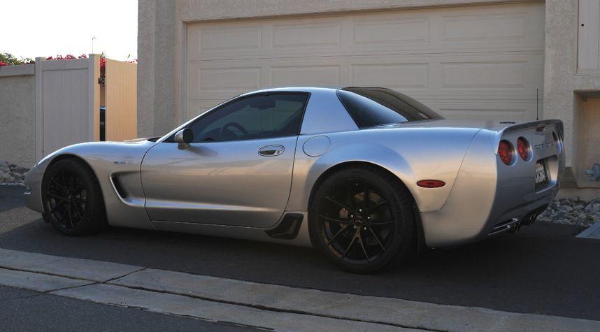 Main photo of Drew Ziegelbauer's 2002 Chevrolet Corvette