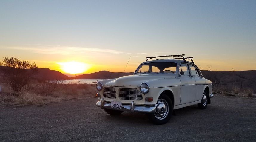 Main photo of Kendall Dunn's 1966 Volvo 122