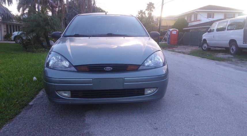 Main photo of Nathanael Naused's 2004 Ford Focus