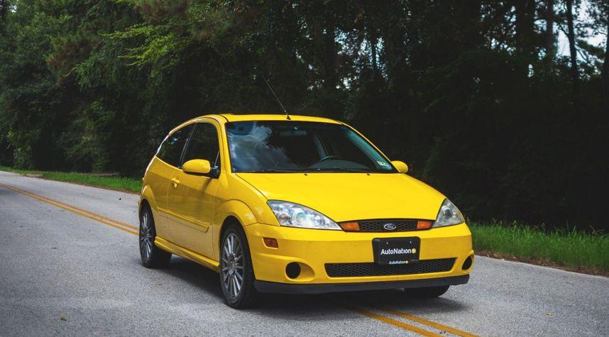 Main photo of Evan Brogan's 2003 Ford Focus