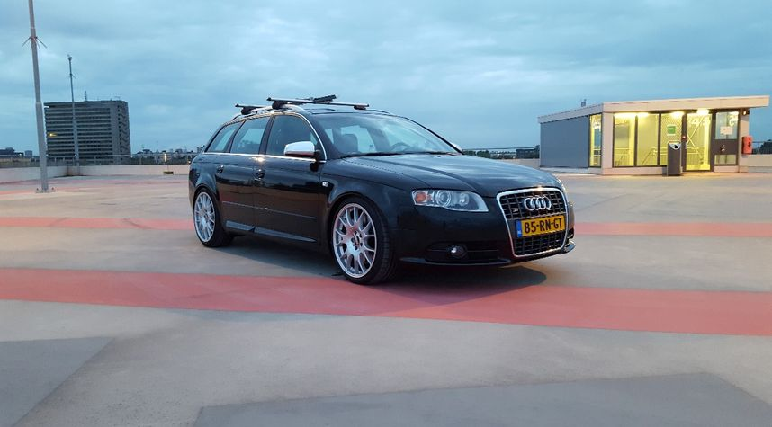 Main photo of Erwin Bos's 2005 Audi S4