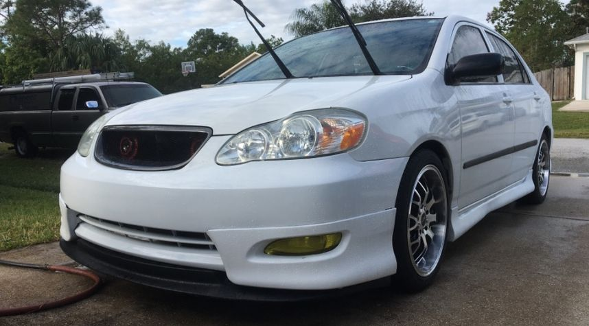 Main photo of Anthony Cifuentes's 2005 Toyota Corolla