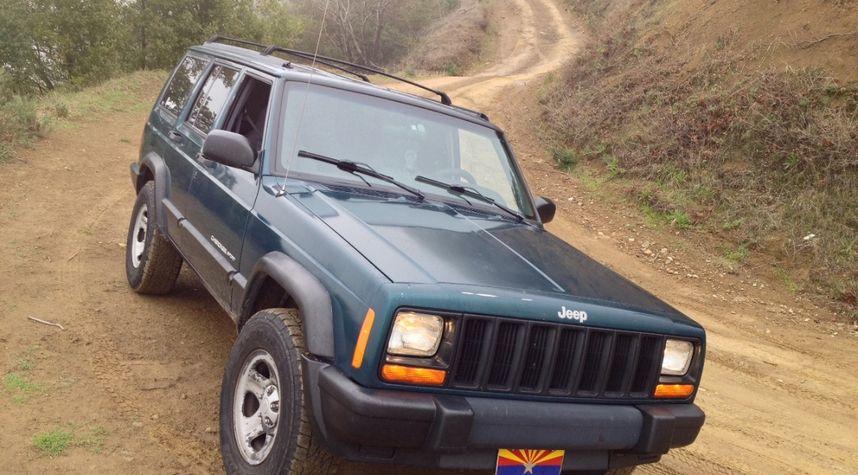 Main photo of Ivan Yermolenko's 1998 Jeep Cherokee