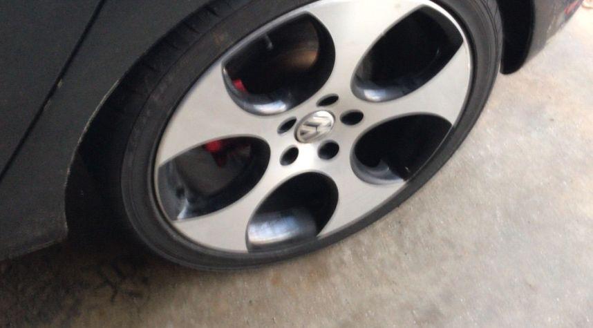 Main photo of Jason Randazzo's 2011 Volkswagen GTI