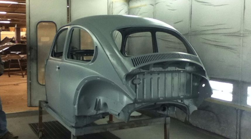 Main photo of Anthony Cuozzo's 1976 Volkswagen Beetle (Pre-1980)
