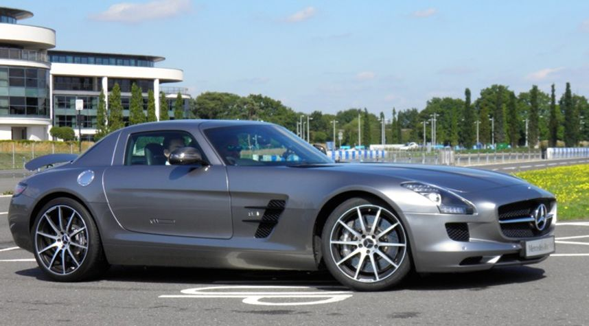 Main photo of Inside Lane's 2014 Mercedes-Benz SLS AMG GT