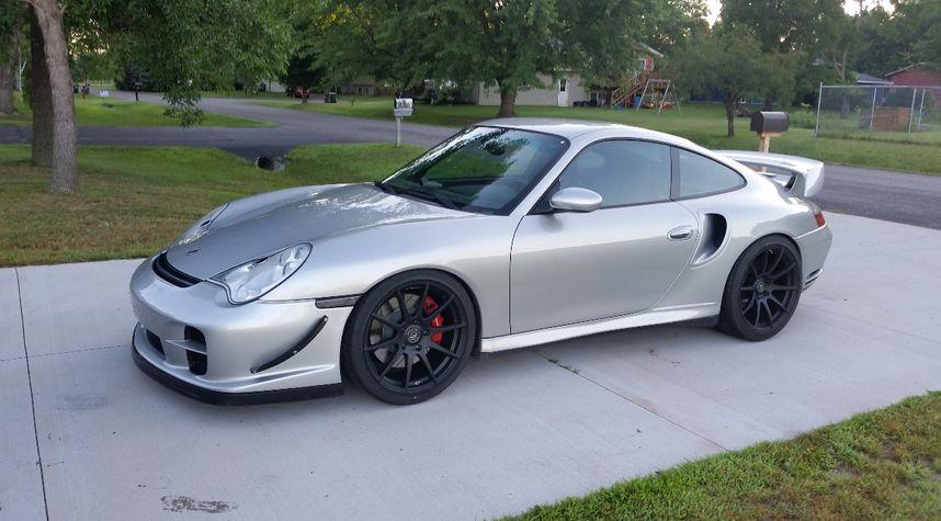 Main photo of Freddy Lewis's 2001 Porsche 911