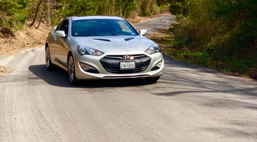 Main photo of Arius Earls's 2013 Hyundai Genesis Coupe