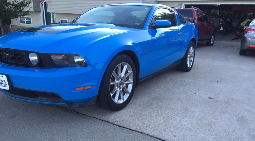 Main photo of Wesley Wohlt's 2010 Ford Mustang