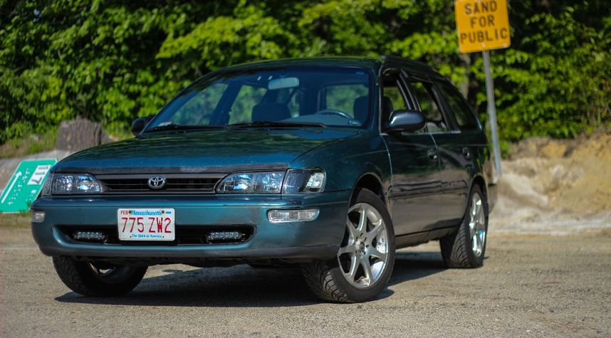 Main photo of Auto Fix's 1995 Toyota Corolla
