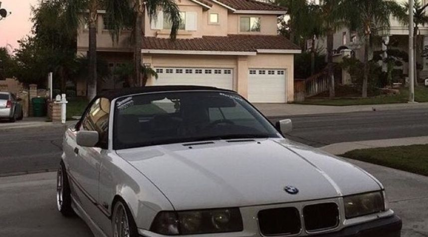 Main photo of Broneel Yadegar's 1996 BMW 3_Series