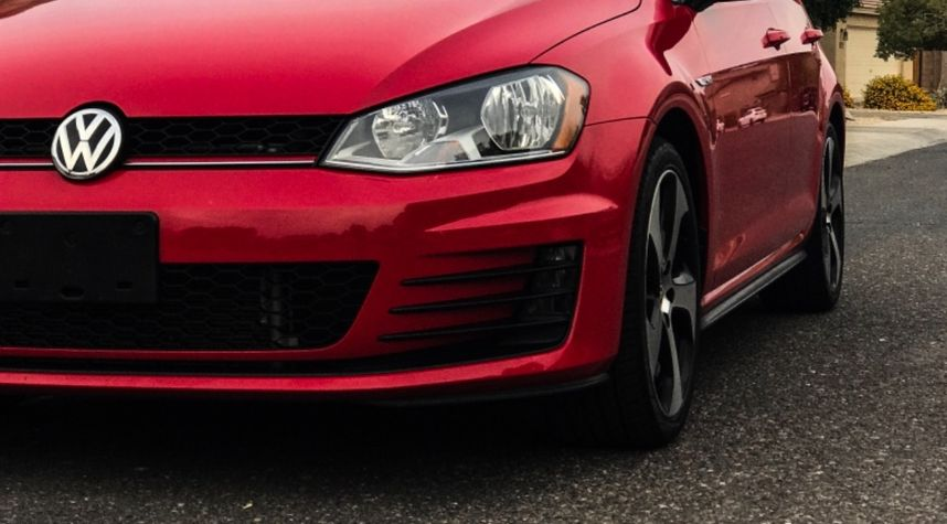 Main photo of Lucas Anfenson's 2015 Volkswagen GTI