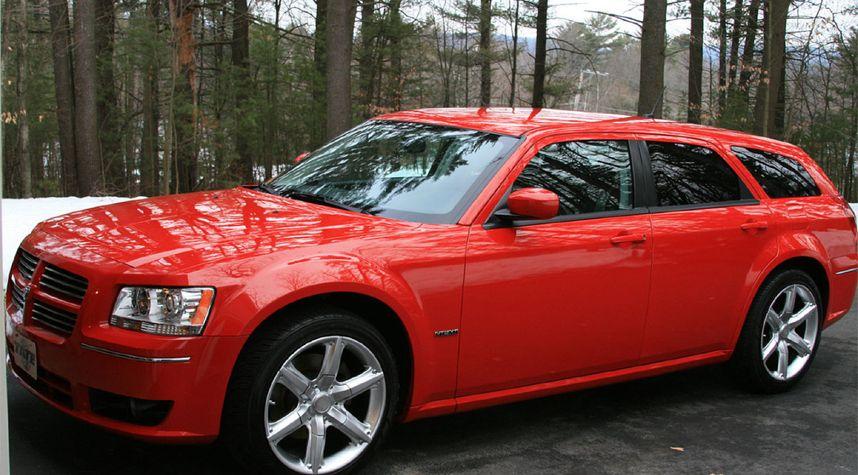 Main photo of Andrew Cole's 2008 Dodge Magnum