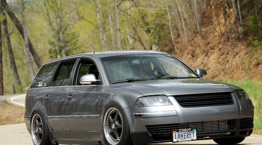 Main photo of Hoyt Richardson's 2005 Volkswagen Passat