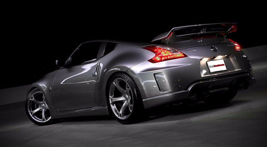 Main photo of Jason Langevin's 2010 Nissan 370Z