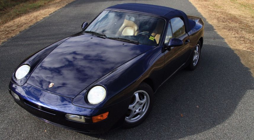 Main photo of Andre Houtz's 1992 Porsche 968