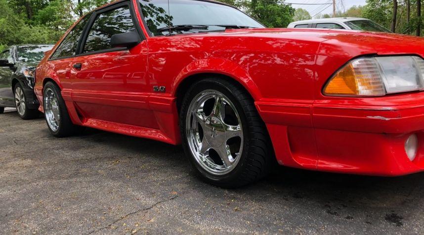 Main photo of John Goss's 1991 Ford Mustang
