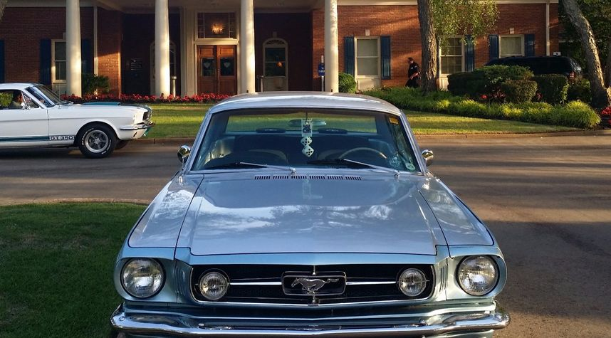 Main photo of Jeremiah Wooten's 1965 Ford Mustang