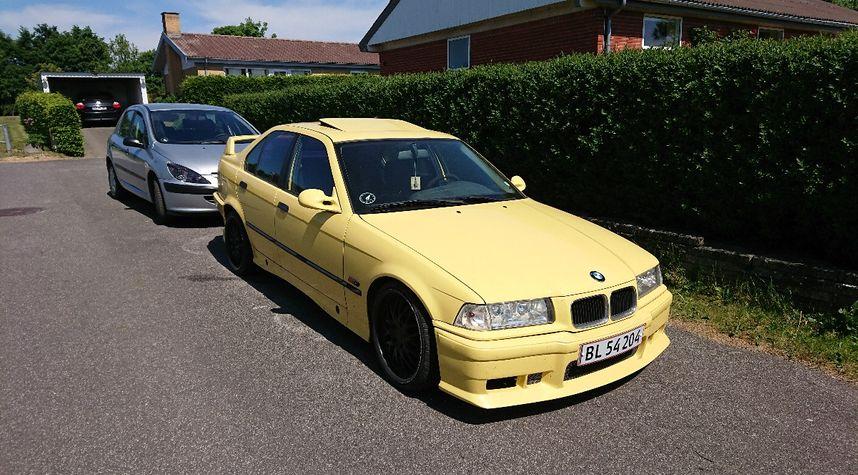 Main photo of Morten  Pedersen 's 1992 BMW 320i