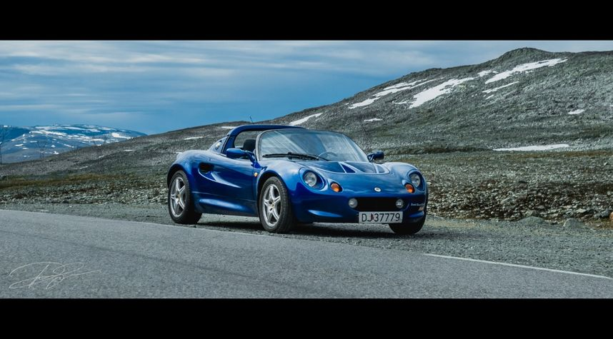 Main photo of Petter Stenklev's 2004 Lotus Elise
