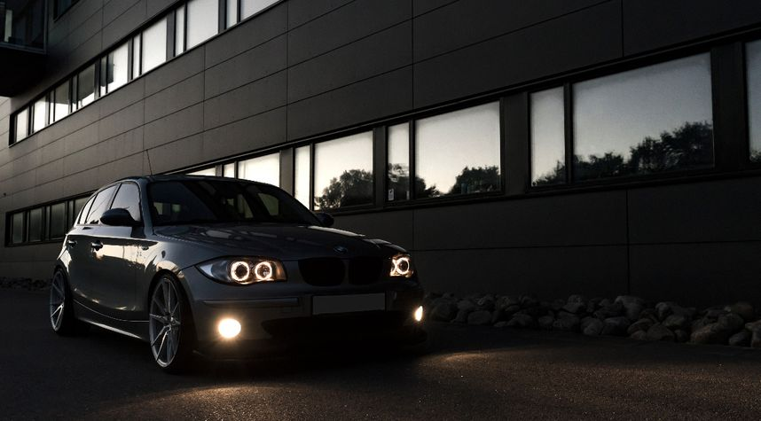 Main photo of Patrik Eriksson's 2005 BMW 1 Series