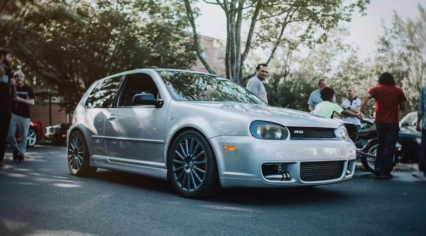 Main photo of Jeff Jm's 2004 Volkswagen Golf