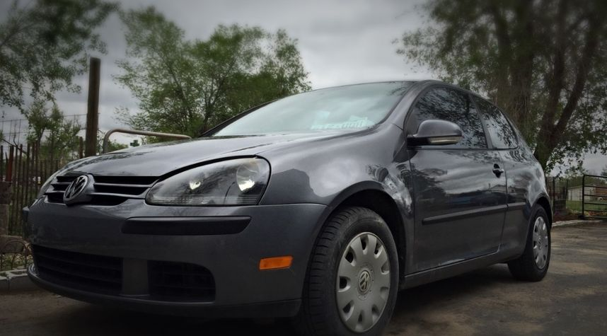 Main photo of Stevie Hearon's 2008 Volkswagen Rabbit
