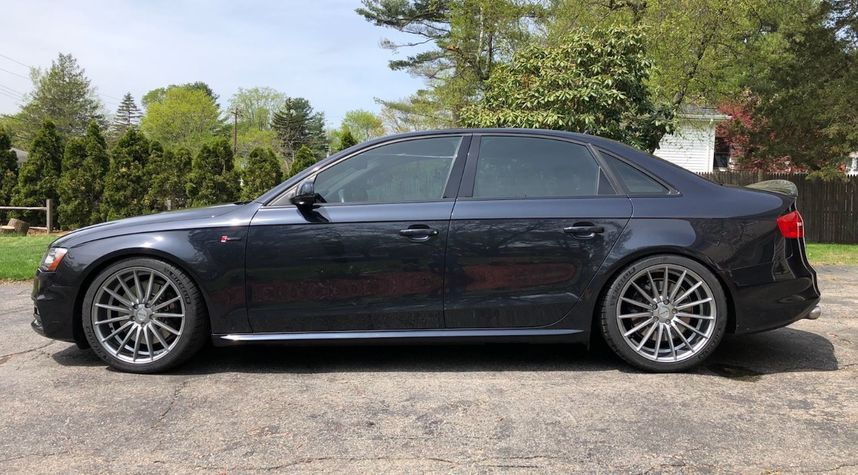 Main photo of Steve Luria's 2014 Audi S4