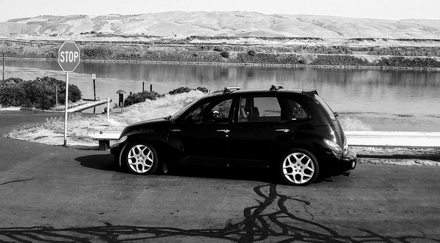 Main photo of Randy Sparks's 2004 Chrysler PT Cruiser