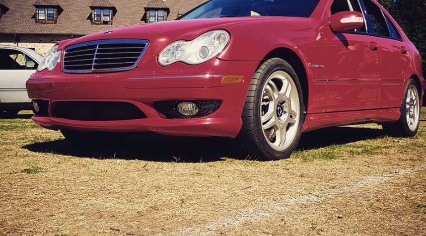 Main photo of Max Von's 2003 Mercedes-Benz C-Class