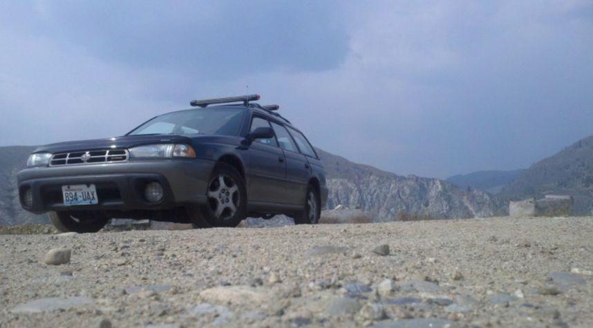 Main photo of Clinton-Dale Bevers's 1998 Subaru Legacy