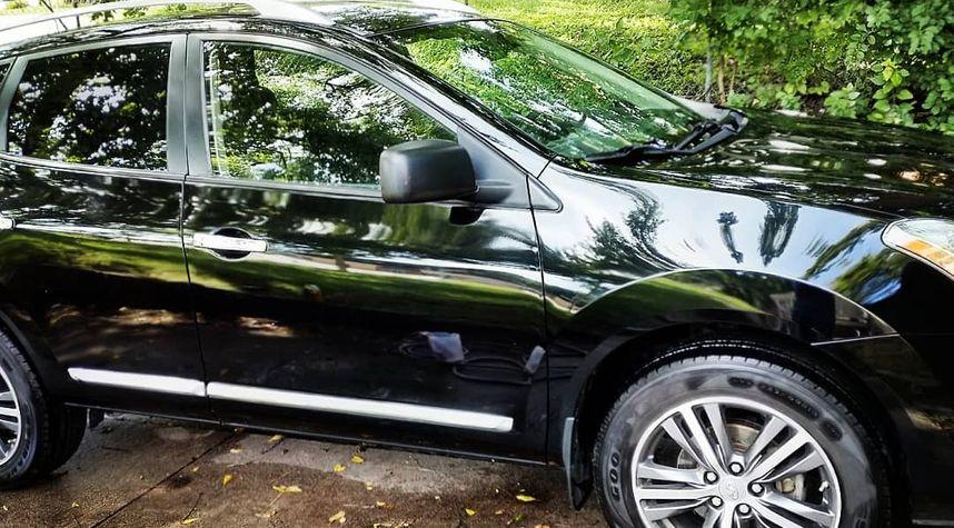 Main photo of Eduardo Mauricio Aliaga verastegui 's 2014 Nissan Rogue Select