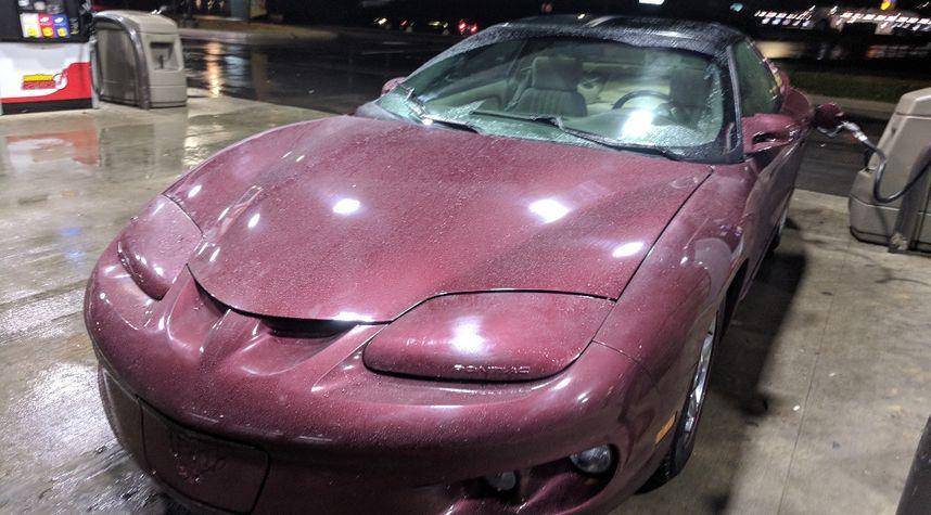 Main photo of Antonio Arias's 2002 Pontiac Firebird