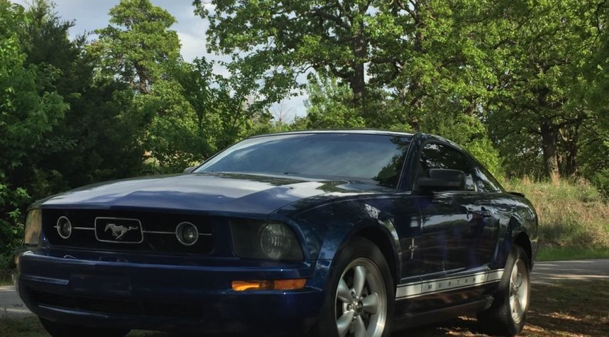 Main photo of Dominick Resler's 2007 Ford Mustang