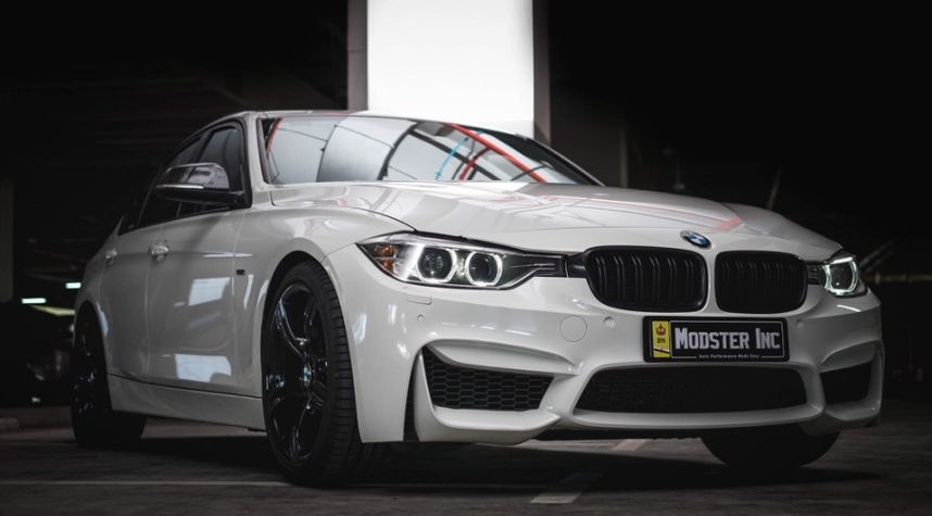 Main photo of Kher Wee Young's 2012 BMW 3 Series