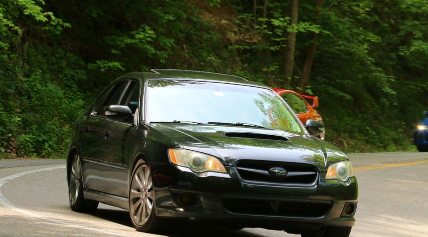 Main photo of Seth Morris's 2009 Subaru Legacy