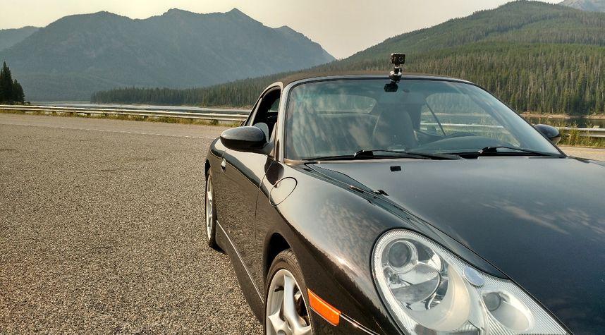 Main photo of Mathew Bruce's 2002 Porsche 911