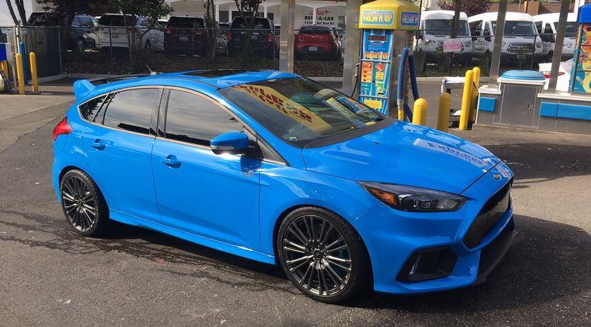 Main photo of Jeremy Rascov's 2017 Ford Focus RS