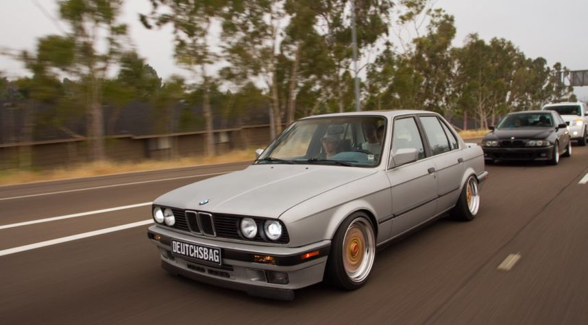 Main photo of Olavo Guimaraes's 1990 BMW 3 Series