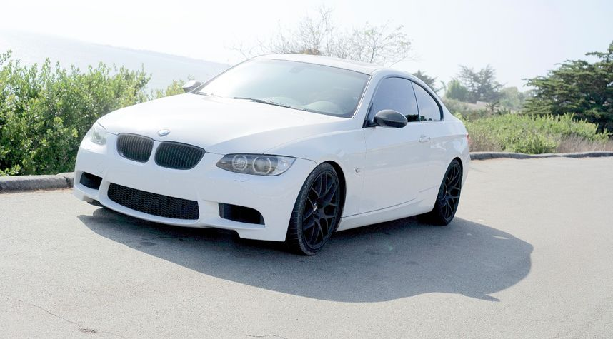 Main photo of Alec Abajian's 2009 BMW 3 Series