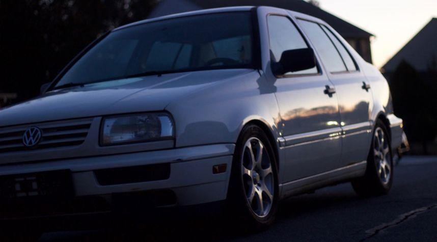 Main photo of Tyler Bennett's 1998 Volkswagen Jetta