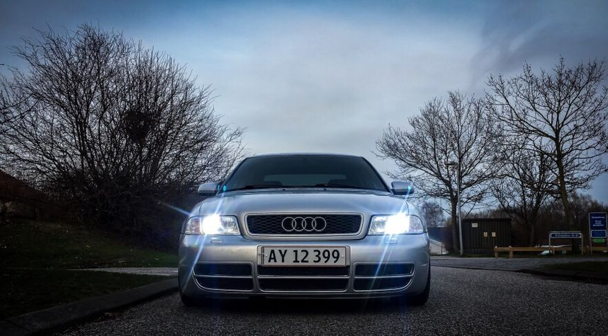 Main photo of Mads Therkelsen's 2000 Audi A4
