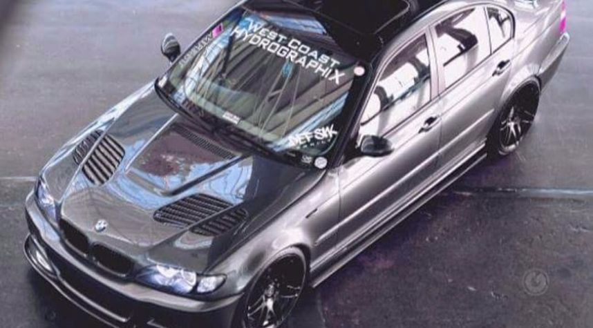 Main photo of Vince Arcelo's 2003 BMW 3 Series