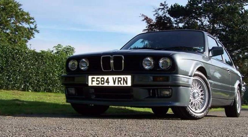 Main photo of Alan Greenwood's 1989 BMW 325