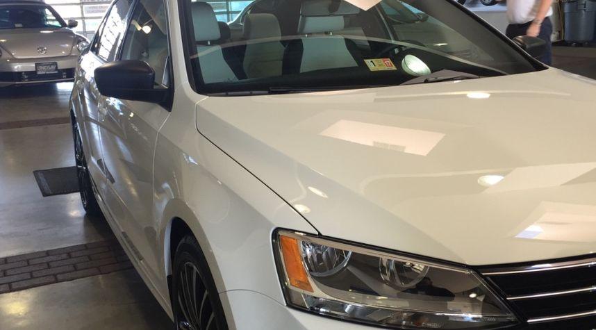 Main photo of Joe Donegan's 2016 Volkswagen Jetta
